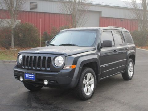 Pre-Owned 2014 Jeep Patriot Latitude w/ Freedom II Off-Road Pkg Sport Utility