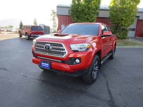 Pre-Owned 2016 Toyota Tacoma Double Cab TRD Sport w/ Premium & Technology Pkg Crew Cab Pickup